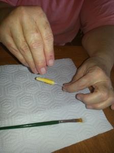 7  sprinkle the glued area with crystal sugar